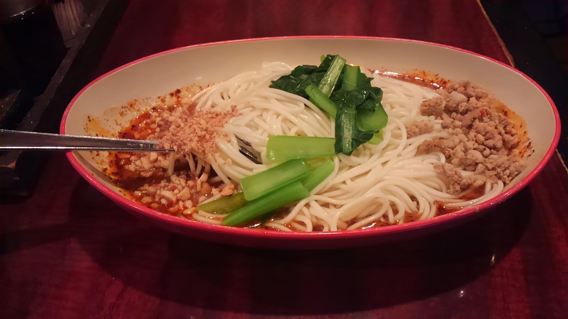 『孤独のグルメ』にも出た池袋の汁なし担々麺を食べてきた